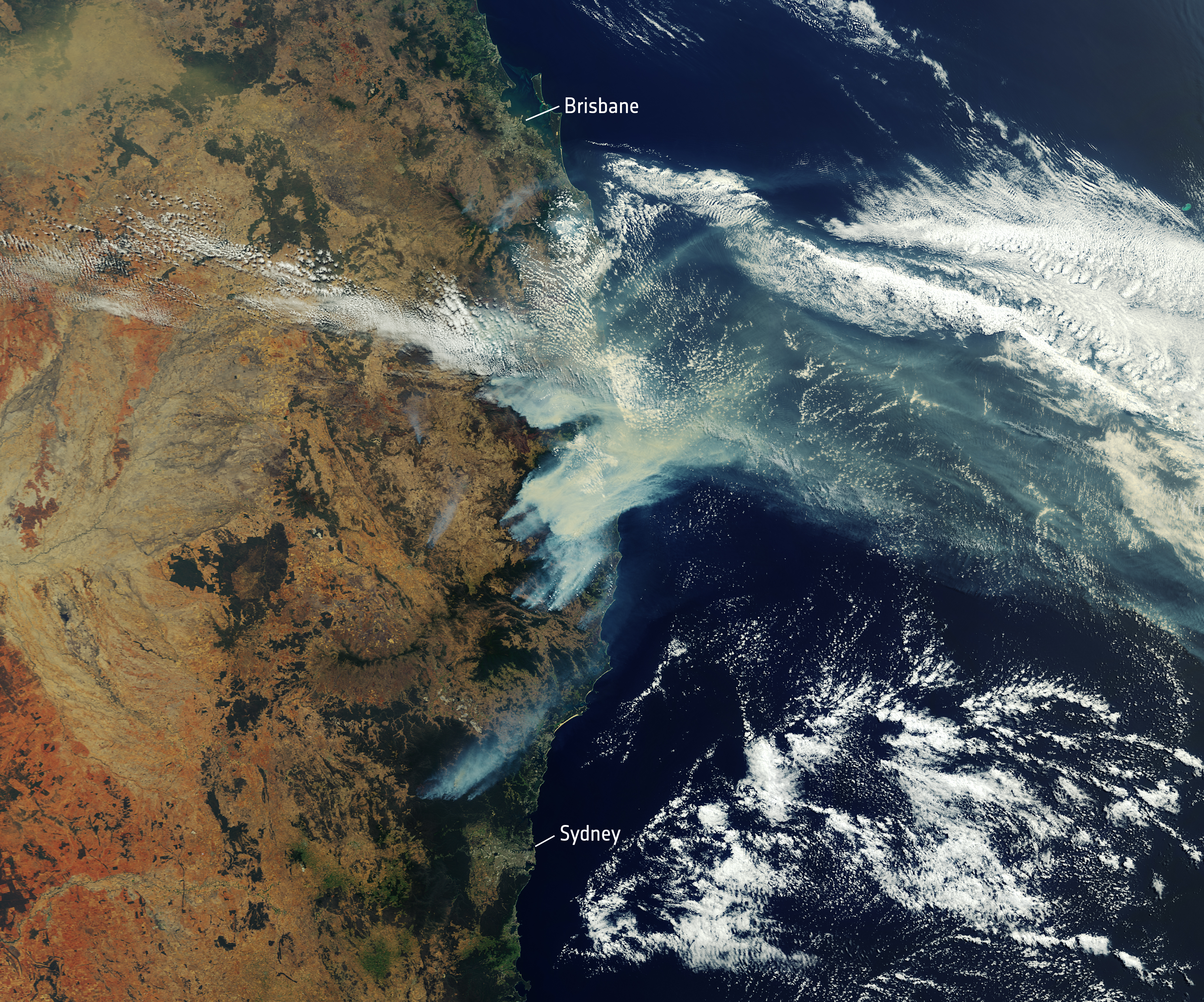 satellite_image_of_bushfire_smoke_over_eastern_australia_28december_201929